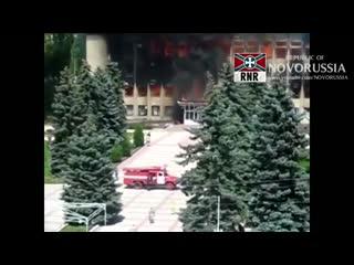 Сидящие в подвале бойцы 73-го и 140-го центра СпН ВСУ прыгают из окон в Дзержинске