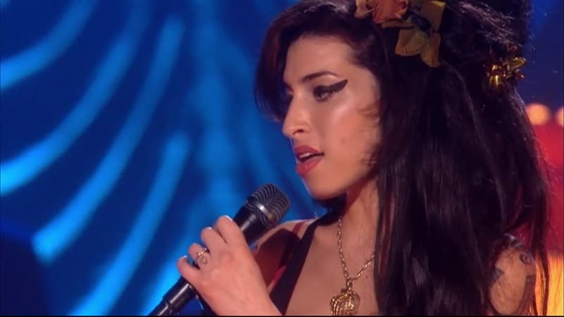 Amy Winehouse - Tears Dry On Their Own/Back To Black (Pre Grammy's 2008)