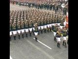 Расчеты женщин-военнослужащих на параде Победы
