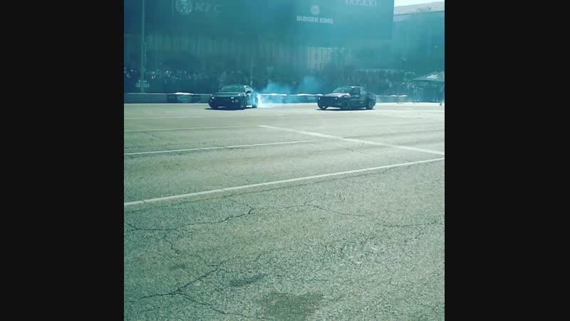 Дрифт nissan 240sx vs BMW