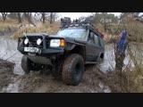 Land Rover Defender offroad 4x4 Mitsubishi baggy