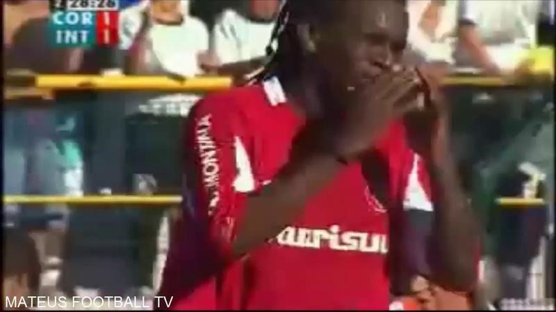 Expulsão de Tinga - Corinthians 1x1 Internacional 2005