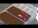 Россияне начали массово поджигать плитки шоколада