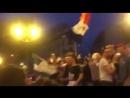 Des-algeriens-se-font-taper-par-des-supporter-français-pour-avoir-sorti-le-drapeau