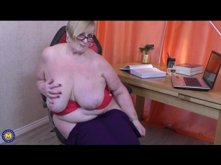 British big breasted housewife jay playing with herself - http://www.vidz72.com