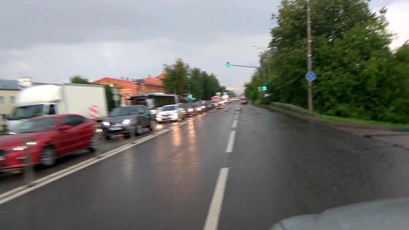 Оборванный провод на дороге на Б. Серпуховской