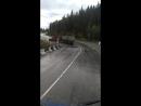 Дорога Соликамск Кунгур река Вильва у тягача стукнул двигатель задача держать Тонар гружоный щебнем 40 тонн плюс два домкрата
