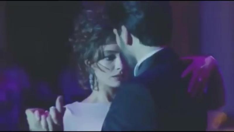 Тебя целует другой - Мы недолюбили - Чёрная любовь ( Kara sevda) Нихан танцует.mp4