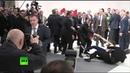Фемен в Ганновере видео в хорошем качестве Фемен напали на Путина в Ганновере
