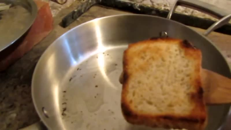 Семья Бровченко Как сделать гренки с чесноком не жаря хлеб или тосты без тостера 1