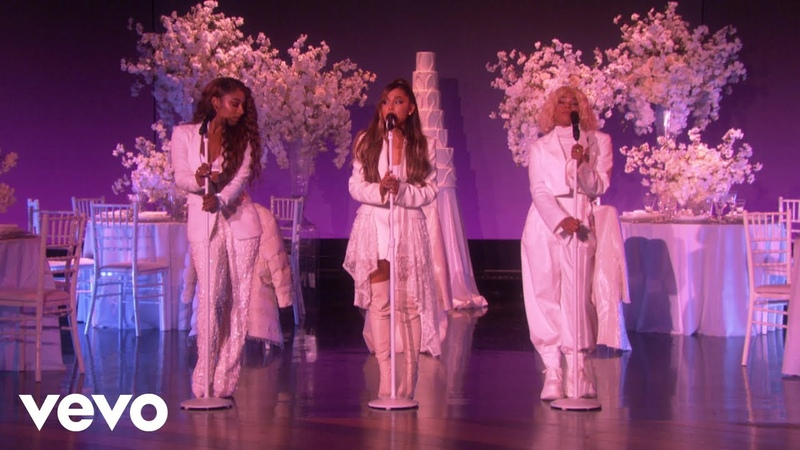 Ariana Grande - Thank U, Next (Live)