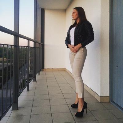 Александра Синила