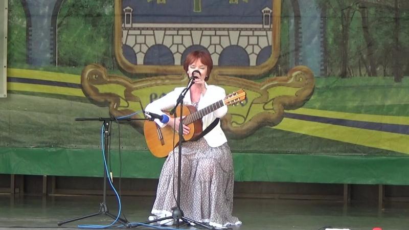 Ирина Калашникова на Фестивале Давайте услышим друг друга Ростокино 15 09 2018