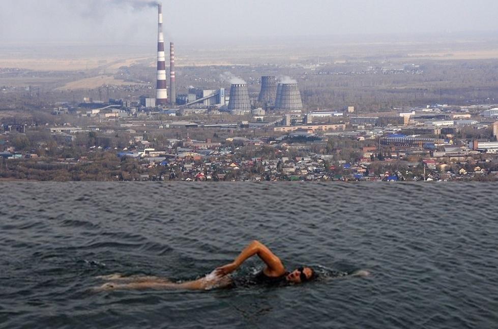 Если бы в Омске были открытые бассейны на высоте