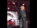20-09-18 Выступление на показе Армани в Милане