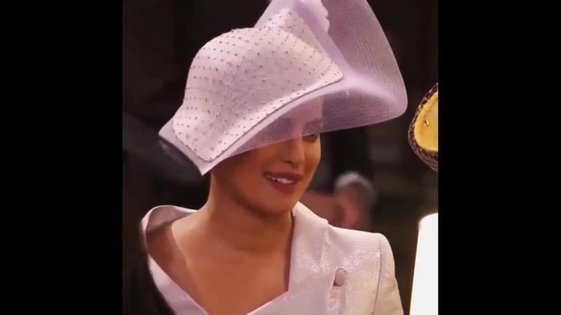 Приянка Чопра на королевской свадьбе Принца Гарри и Меган Маркл общается с c Сиреной Уильямс и Джорджем Клуни