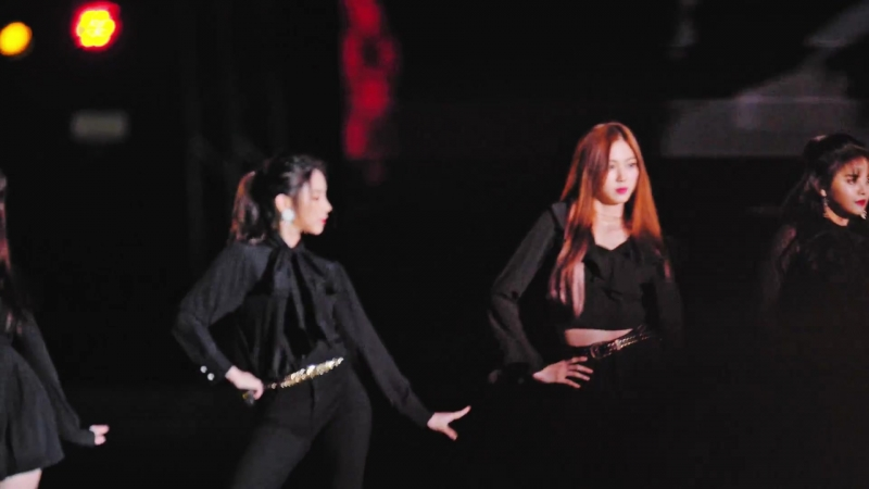 [60p] CLC (씨엘씨) - BLACK DRESS (블랙드레스))@180901 인천한류콘서트 [ Fancam 직캠] By TheGsd