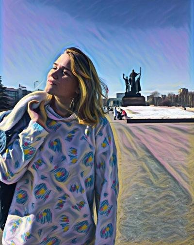 Аня Корезина