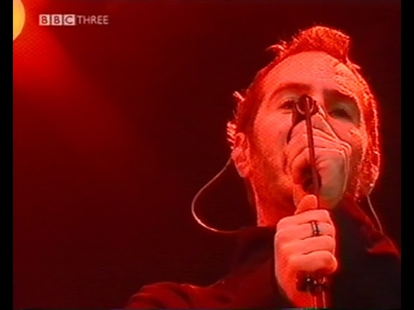 Massive Attack Angel Risingson Live T In The Park Festival 11 07 04
