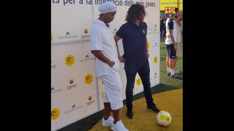 Ronaldinho Puyol.mp4