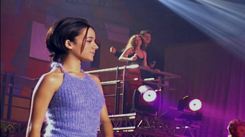 Alizee Les Enfoires ( Full HD Live 2001 г )