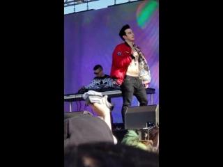 Joji - window live @ Blurry Vision Fest 2018