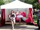 Обучение движениям из балета 3 добровольцев из народа а потом импровизация Прикольно смешно и позитивно