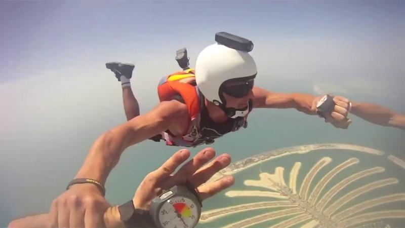Прыжки с парашютом в Дубаи Skydive Dubai May 2011