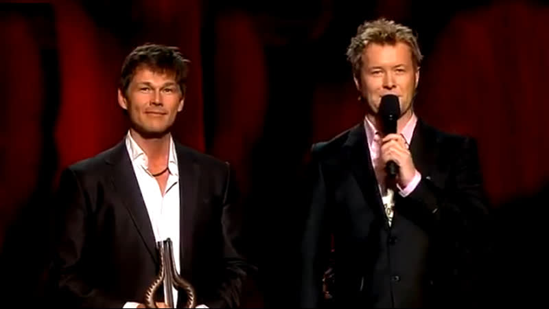 The Sun Always Sines On TV - Magne Furuholmen Morten Harket [Spellemann Awards 2010]