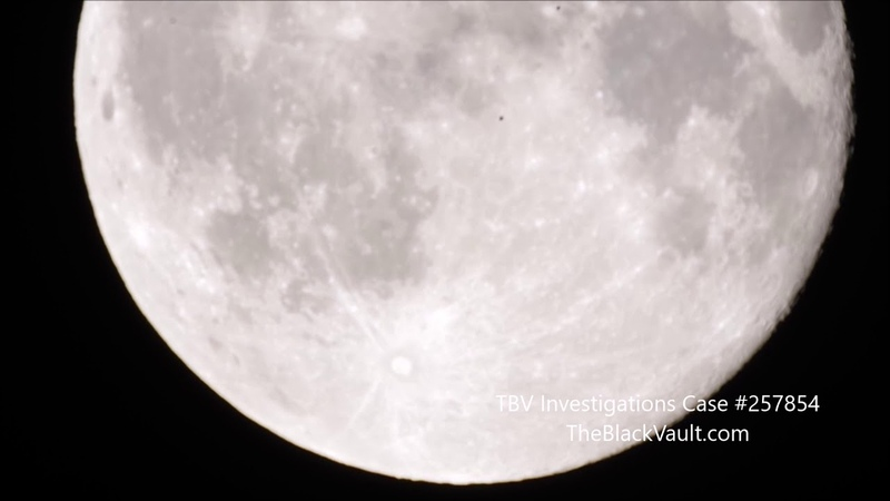 Multiple UFOs Fly Across Moon (Shortened) - Shot by Amateur Astronomer - Rome, Italy - 7/29/18