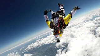 Невероятный прыжок с парашютом с 10 км.
