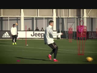 The forwards prepare for Inter - Juventus Weekly Workout