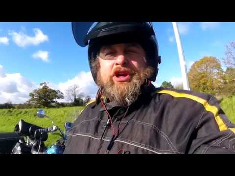 Как работает правильная защита райдера от ветра на мотоцикле