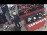 Адепт чёрной магии во львовском магазине!