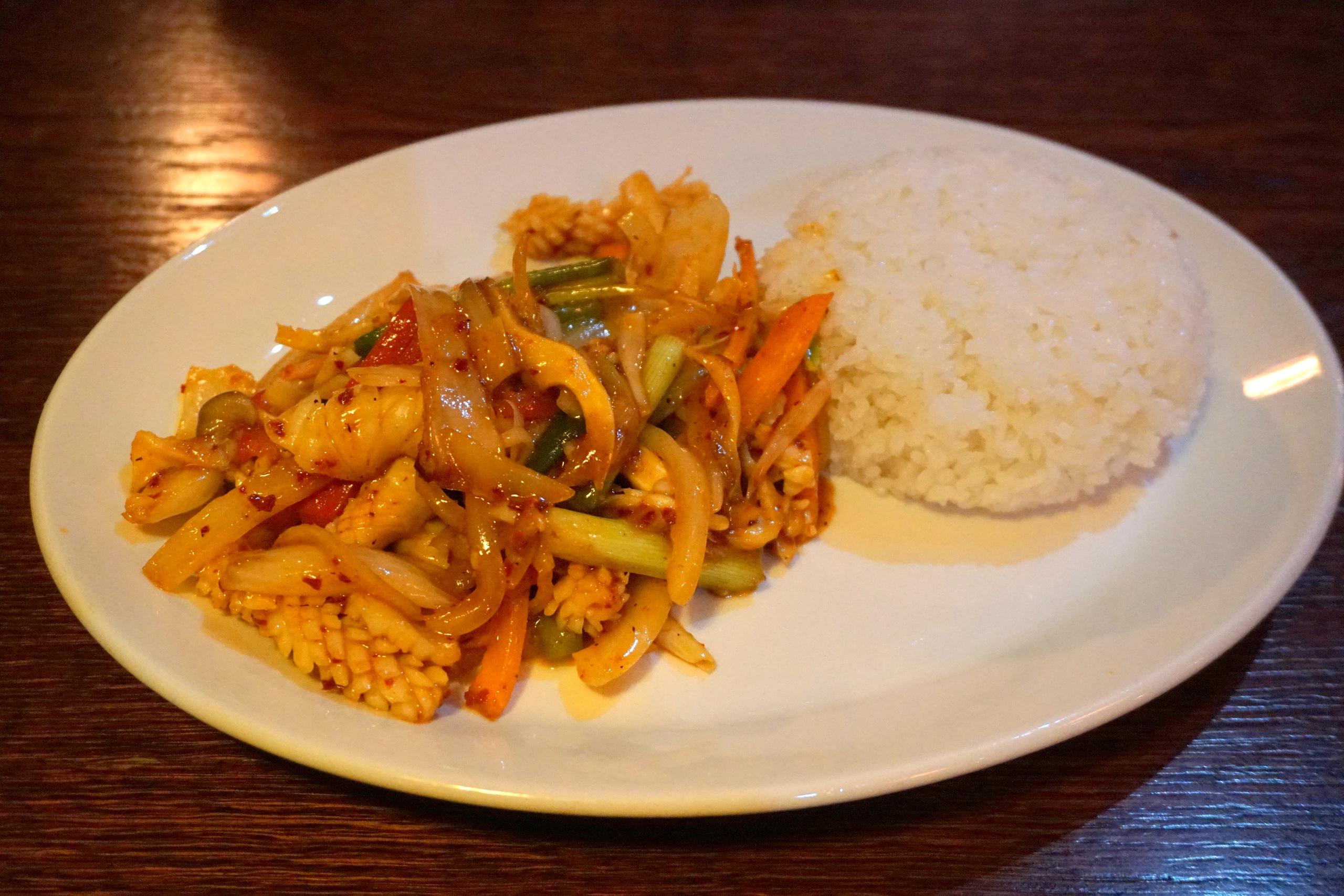 Обеды по-корейски в ресторане