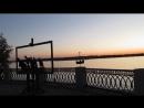 Кусочек набережной в Самаре с фантаном и скульптурой по картине Репина Бурлаки на Волге