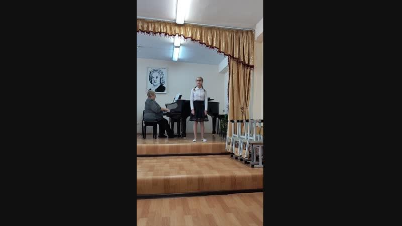 Кривченкова Арина отрывок из р н п Родина