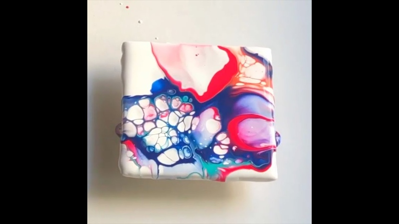 Fluid Art Acrylic Pouring with Abstract Artist Pooja Alok of Mumbai, India