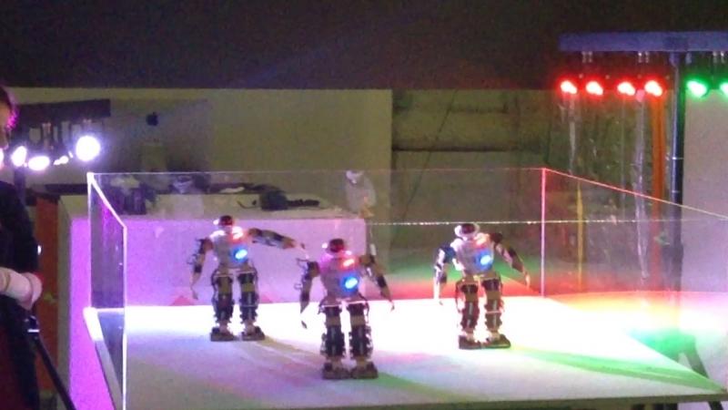 Робостанция ВДНХ танец роботов