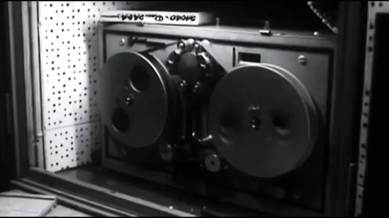 Марлен Дитрих и Грета Гарбо Ангел и Божество 356 X 640 mp4