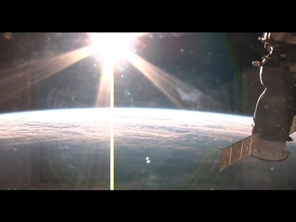 Beautiful Relaxing Music and Live Views Of Earth From Space Live