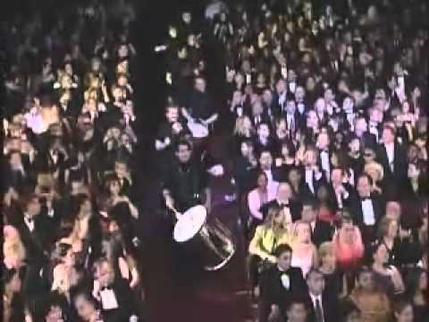 Ricky Martin The Cup Of Life (Live Grammy Music Awards)