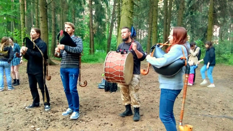 Танцы на Карчы Андро Ai Vis Lo Lop Tourdion Totentanz Верабей Базар Drumul Draculi Хашуаль 23 05 2018