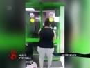 Молодая мать выломала дверь супермаркета. Ее заподозрили в краже, но не смогли задержать