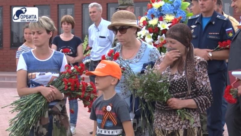 Перезахоронение Героев Великой Великой отечественной войны в с. Семёновское (18.08.2018)