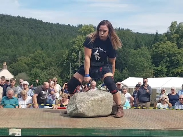 Leigh holland keen successful dinnie stone lift