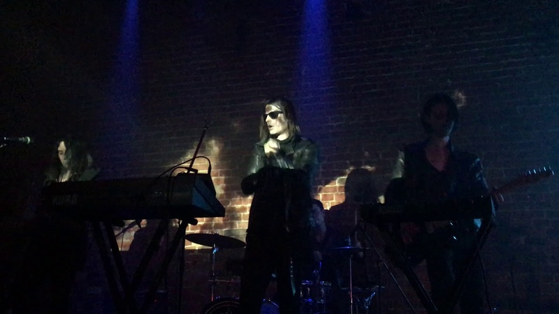 Cold Cave - The Great Pan Is Dead [live @ izi club, moscow, november 17 2018]