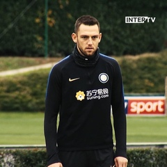 "Inter on Instagram: ""MORNING SESSION FOR THE LADS TODAY!	💪🏼🏃🏻‍♂️⚽️	#Inter #ForzaInter #Training #Football"""