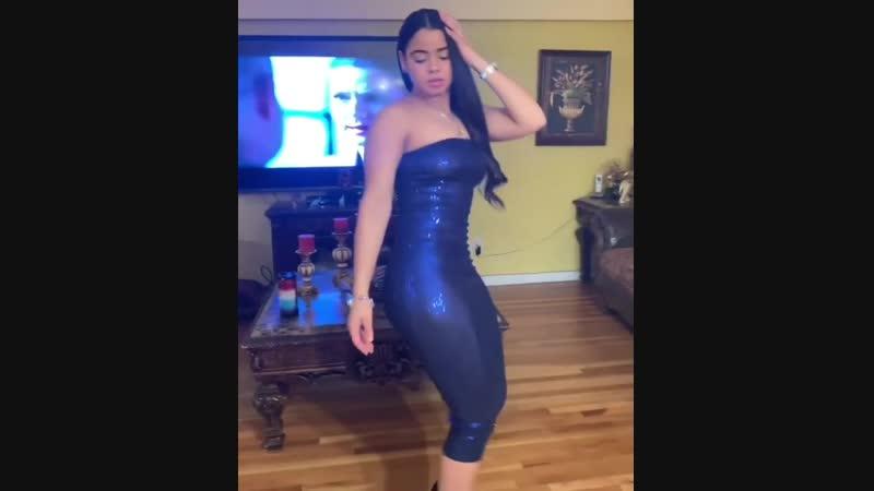 Молодая красивая азербайджанка сексуально станцевала,мужики возбудились.Азербайджан Azerbaijan Azerbaycan БАКУ BAKU BAKI Карабах