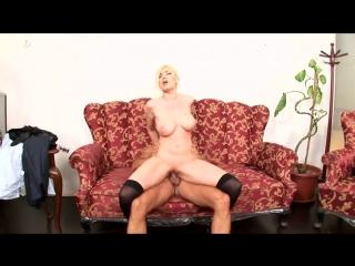 Donna Bell - Seduced By My Secretary